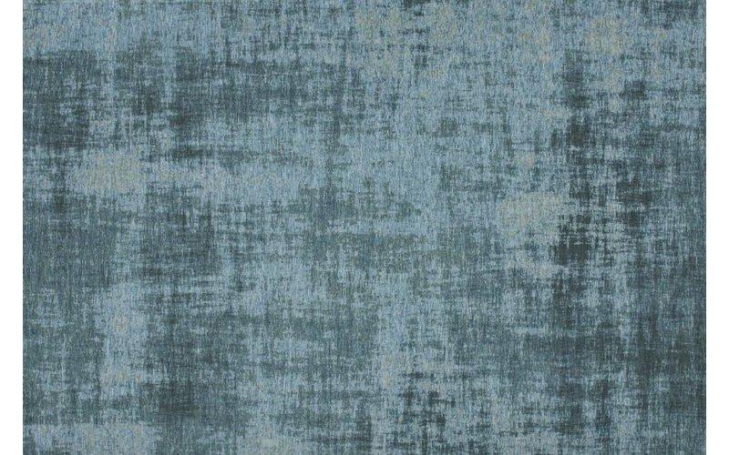 Prachtig en uniek vintage vloerkleed in lichtblauwe kleursamenstelling