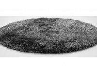 Chester 24- Rond hoogpolig vloerkleed met een mix van zwart garen
