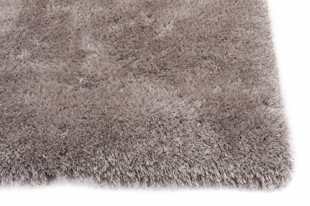 Hoogpolig Tapijt Slaapkamer : Prachtig hoogpolig vloerkleed in grijstinten ross