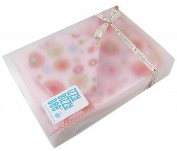 izzybizzybee® Baby Geschenkset Groovy Flowers
