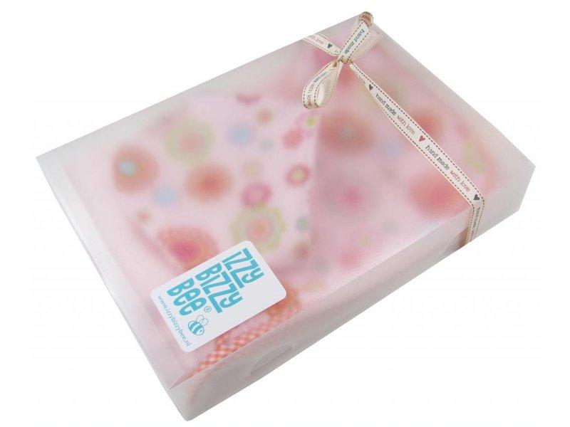 izzybizzybee® Geschenkset Baby Groovy Flowers