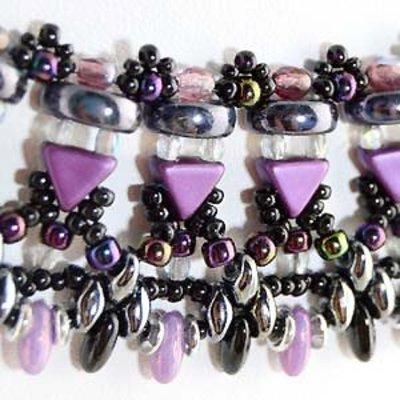 Gratis schema - Tansy necklace
