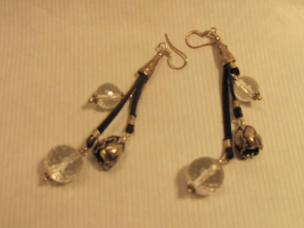 Earring silver crystal and leather