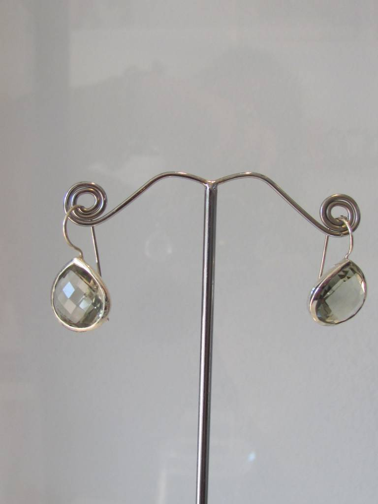 Earring silver green amethyst