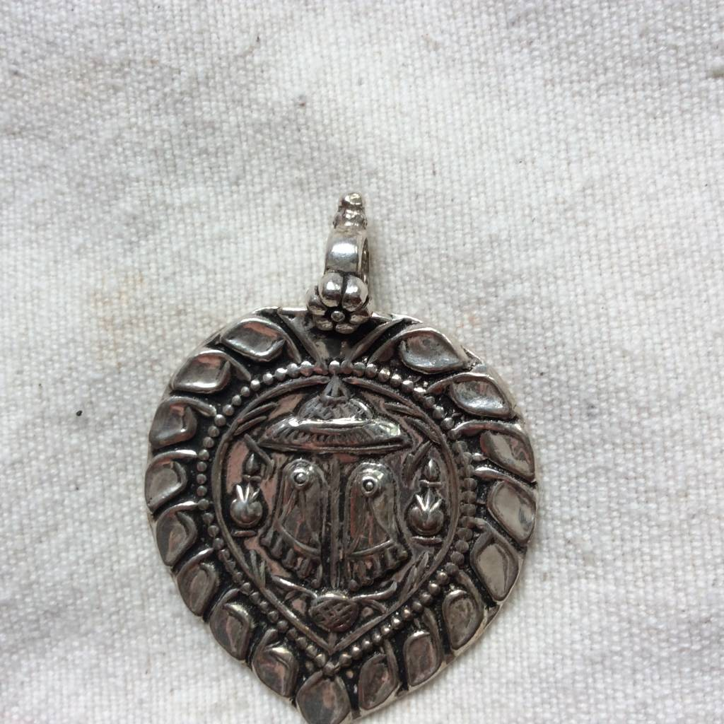 Pendant silver paduka the gurus feet