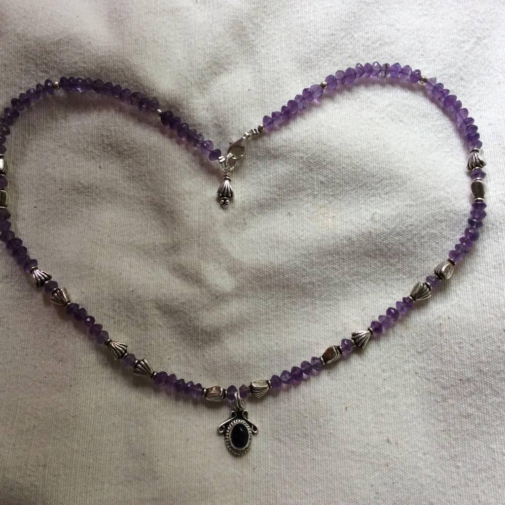 Necklace silver amethyst