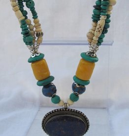 Necklace from sustainable material