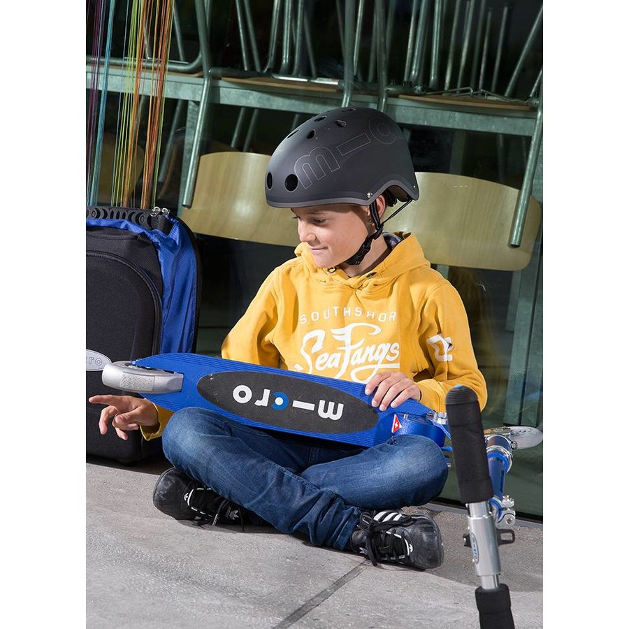 Micro helm mat zwart