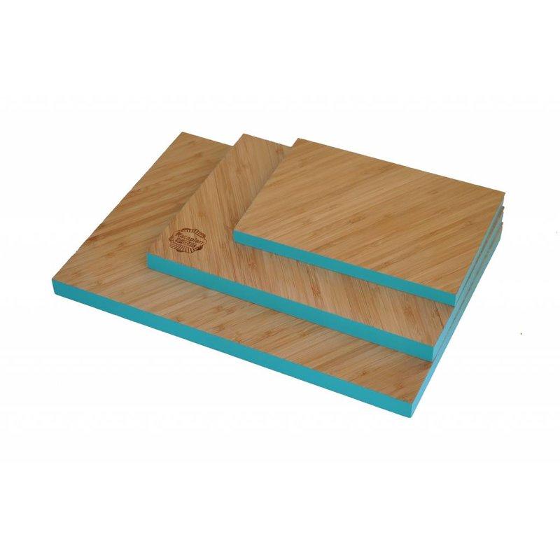 Bamboe Snijplank Diagonaal met Turquoise Rand Groot 35,5 x 25 x 2 centimeter.