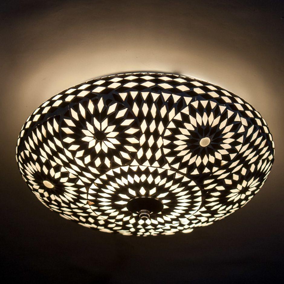 Oosterse Mozaiek Plafondlamp In Zwart Wit Uitvoering