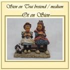 Ot en Sien Sien and Sweater knitting