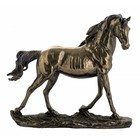 Studio Collection Horse