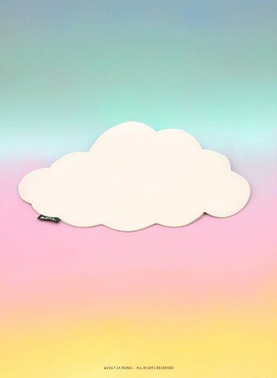 Cloud or thought