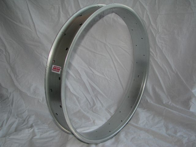 "alloy rim DW80, 26"", silver (matt) anodized"