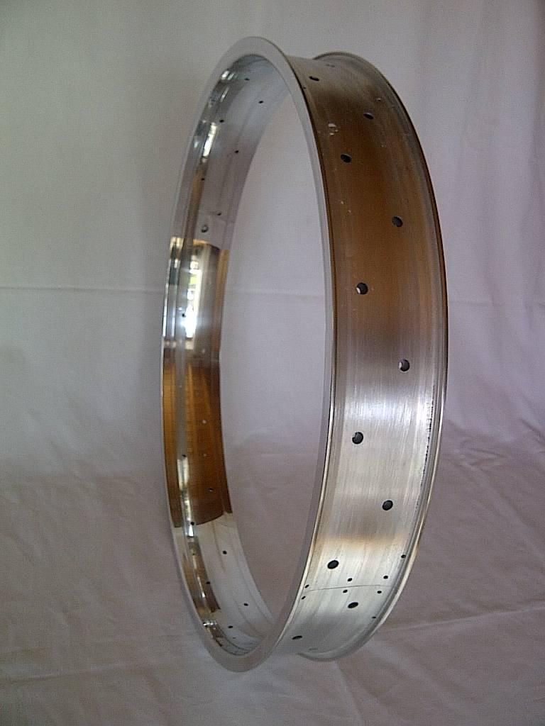 """alloy rim DW80, 24"""", polished"""