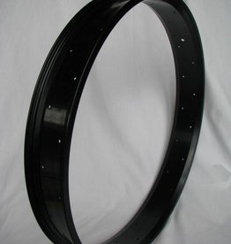 "alloy rim RM80, 26"", black anodized, 32h"