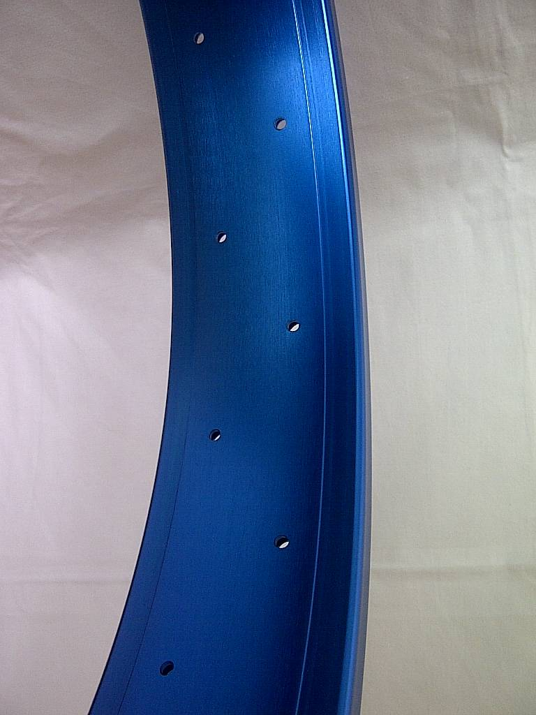 "double wall rim DW80, 26"", blue anodized, 32h"