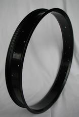 "alloy rim RM80, 26"", black anodized"