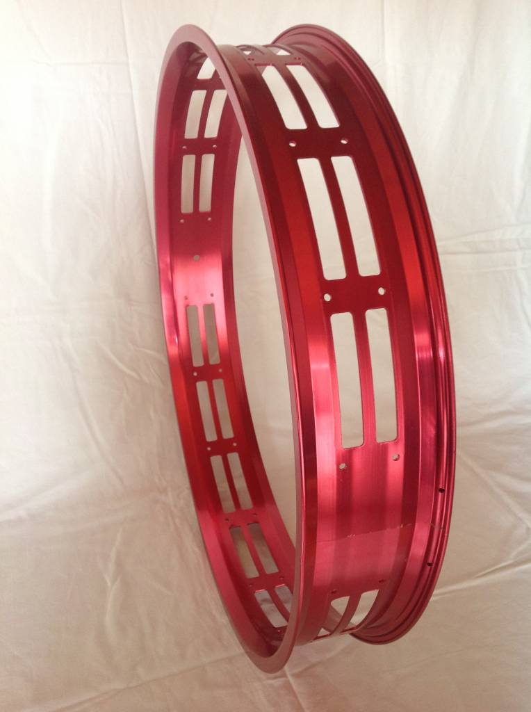 "cut-out rim RM100, 26"", red anodized, 32 spoke holes, square"