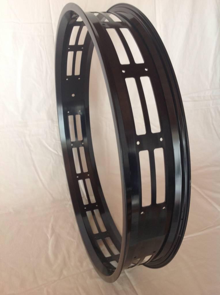 """RM80, 26"""", cut-out, schwarz eloxiert, 32 Speichenlöcher"""