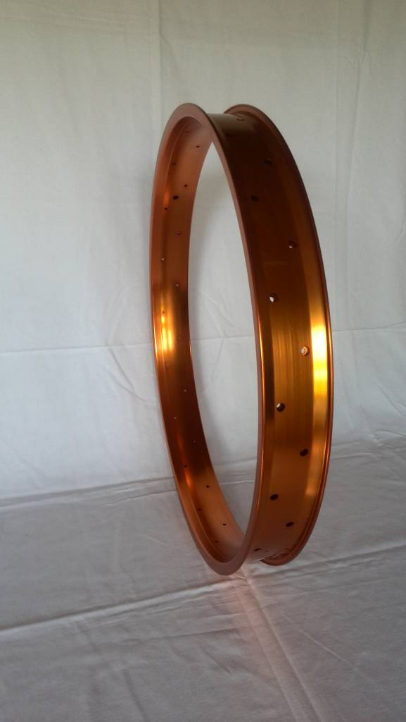 "alloy rim DW65, 26"", orange anodized"