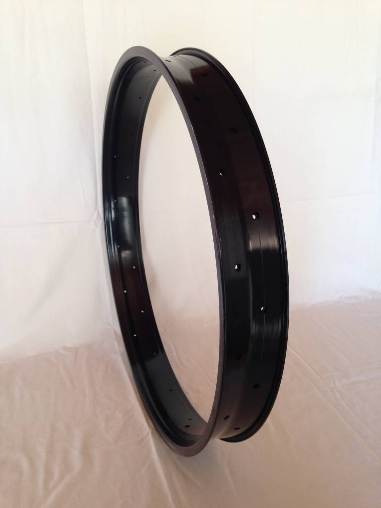 "alloy rim DW80, 28"", black anodized"