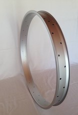 "alloy rim DW65, 28"", silver (matt) anodized"