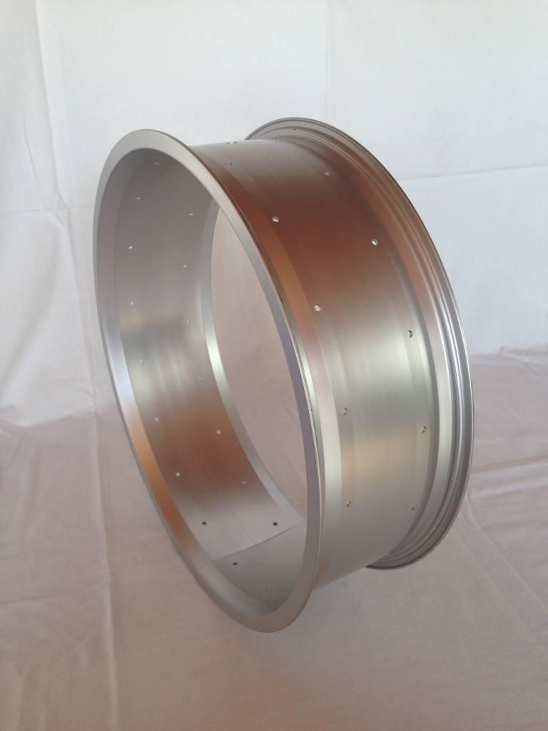 "2nd choice alloy rim RM130, 20"", silver (matt) anodized"