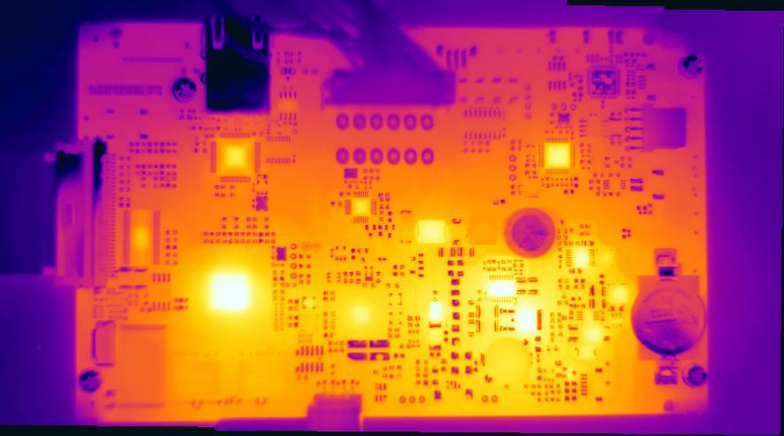 PCB print controle met FLIR SC warmtebeeldcamera
