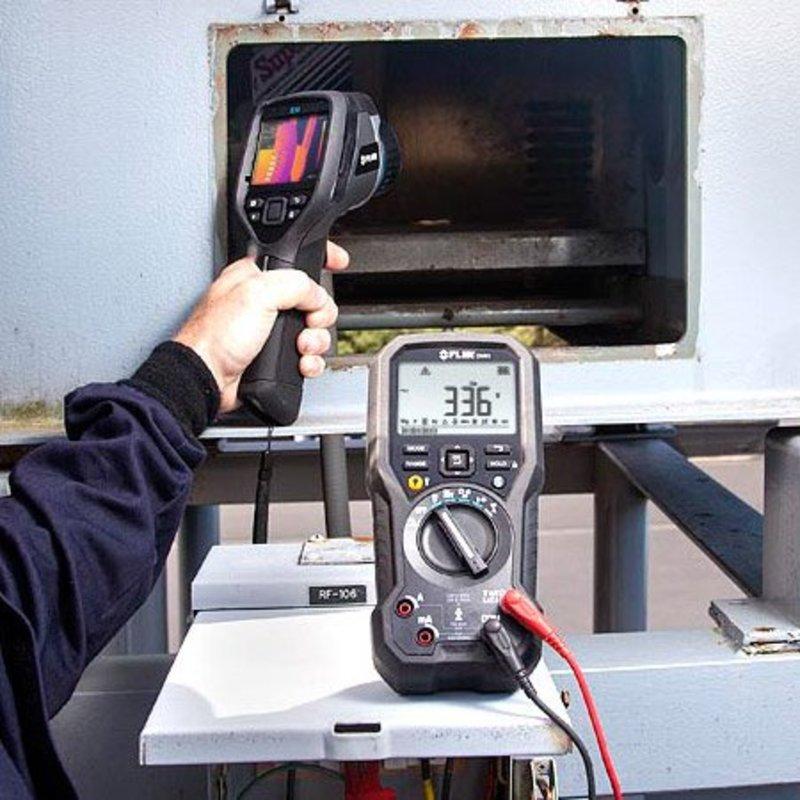 FLIR DM93 multimètre industriel valeurs efficaces vraies
