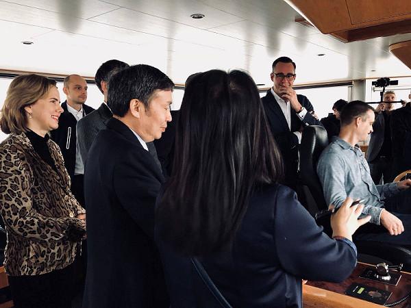 Minister op SALUTÉ ontvangen door Bridgescout BV