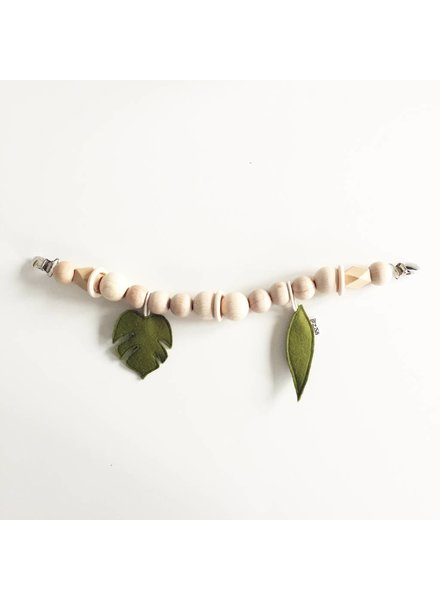 Bezisa Wagenspanner leaves / Moss