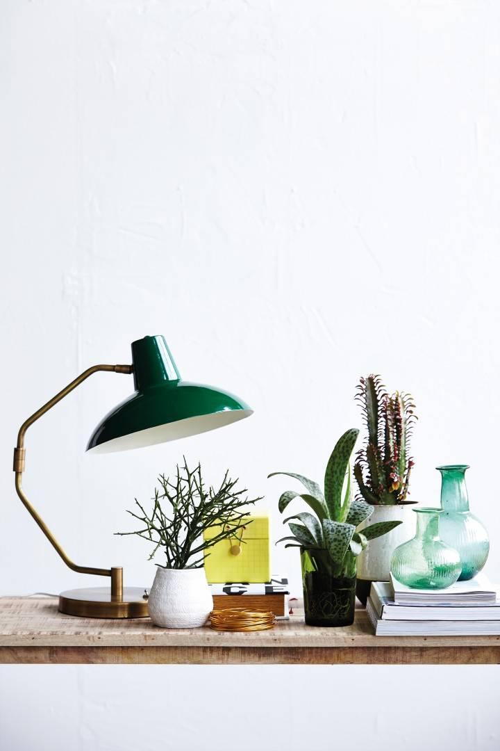 De mooiste lampen voor op het bureau