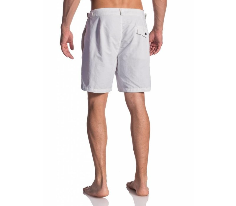 Olaf Benz BLU 1662 Shorts White & Beachsandals for free