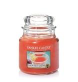 Yankee Candle Passion Fruit Martini - Medium Jar