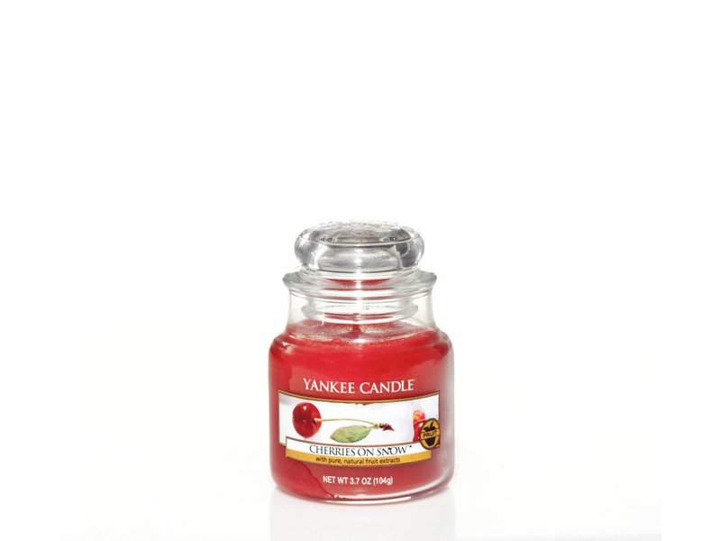 Yankee Candle Cherries on Snow - Small Jar