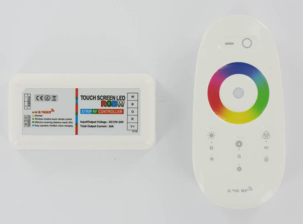 RF Controller for<br> RGB + W and RGB +<br>WW Comics