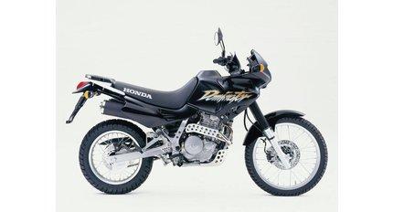 NX500-NX650 Dominator und FMX