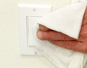 Vergilbte küchenfronten reinigen  Vergilbte Lichtschalter und Steckerleisten reinigen - HG Scholz
