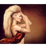 SCHOLZ COSMETIC Fixier Spray normaler Halt 150 ml. - Anwendung bei allen Haartypen