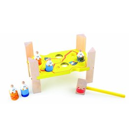 4237 - Cat & Mouse Peg and Hammer Game