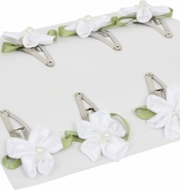 Hairslides white flower