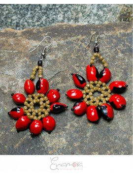 Enamora Huayruro Flower Earrings