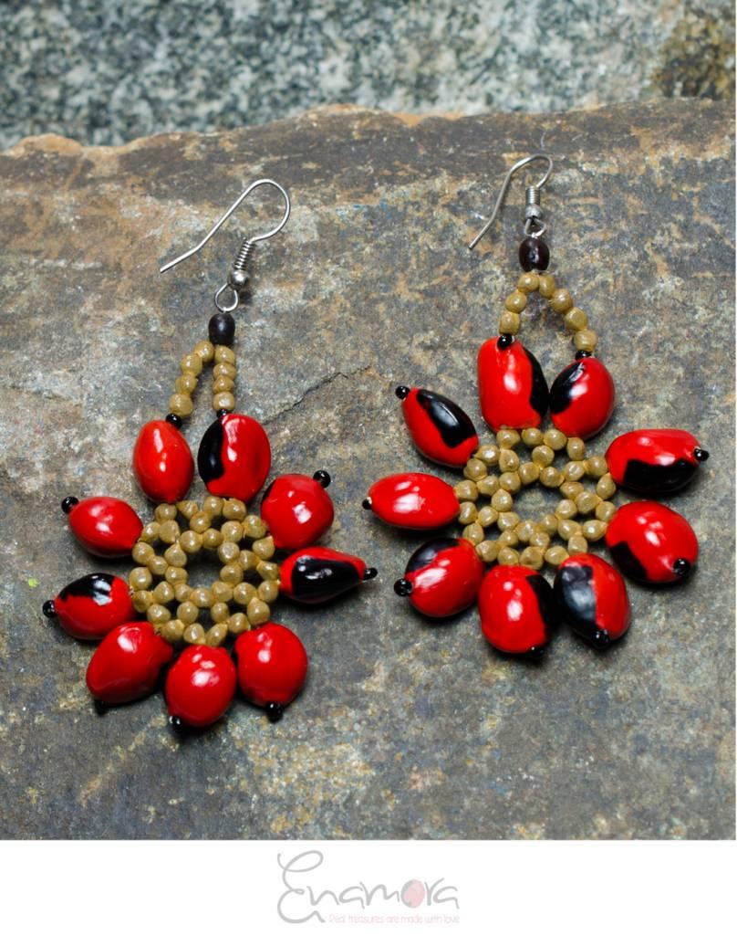 Enamora Huayruro Flower Earrings