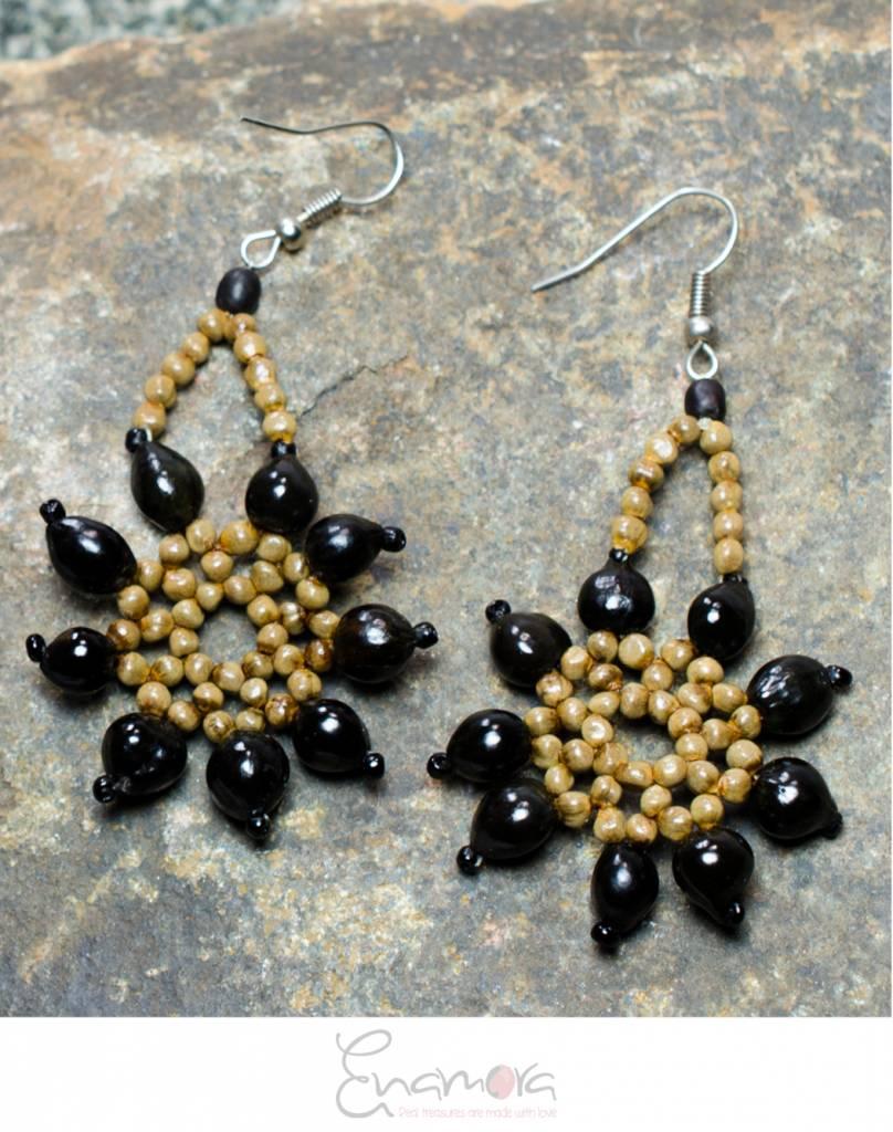 Enamora Black San Pedro Flower Earrings