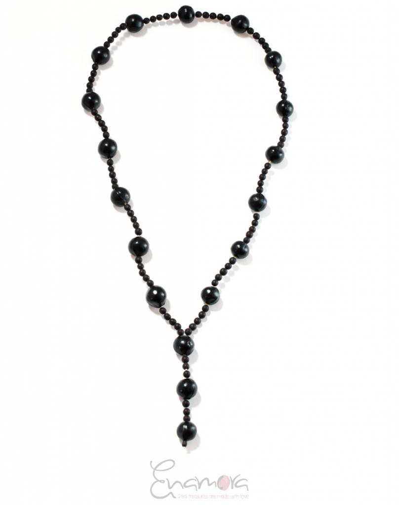 Enamora Black beaded necklace