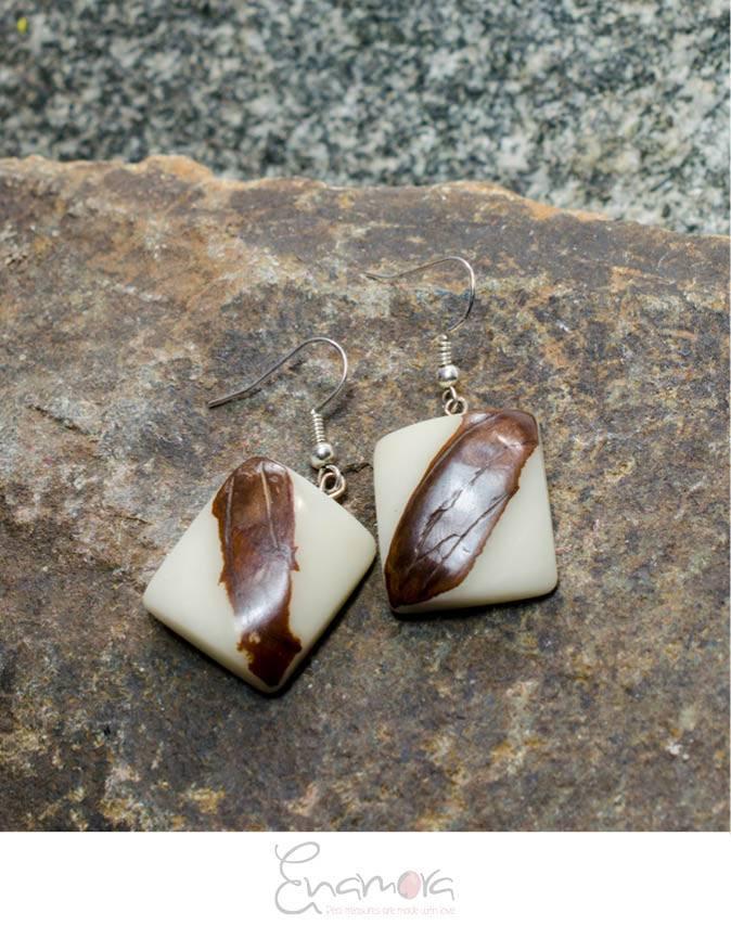 Enamora Organic ivory jewelry set