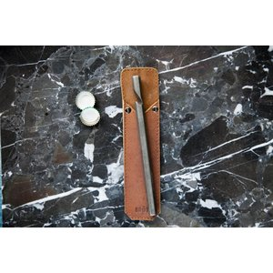 Brût Home Industrials Bottle opener with leather sleeve 5,5x22cm