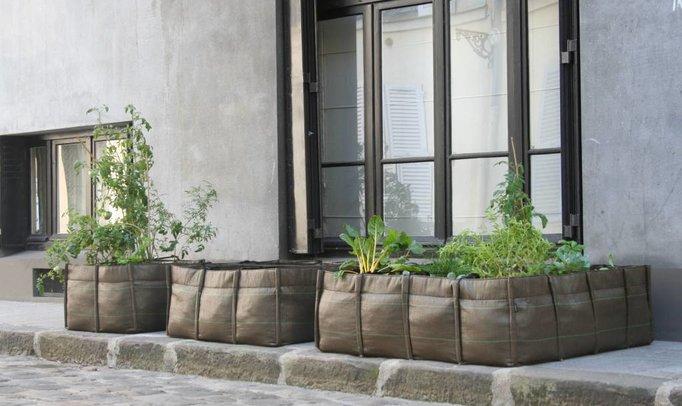 Bacsac, ecological planters