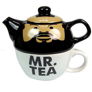 Mr Tea Teapot and Mug Set